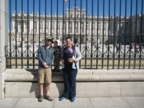 Family photo in front of the Palace.